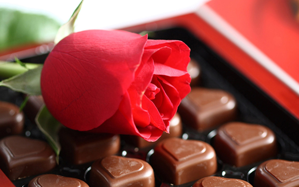 chocolatesandroses.jpg